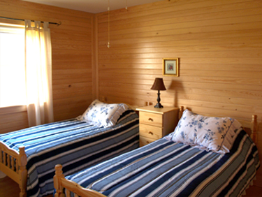 Seaward Inn | Sunrise Shore Cottages | Bedroom